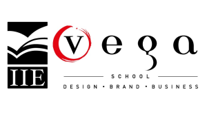 Vega students scoop the <i>Black Pixel</i> award at the <i>2018 Bookmarks</i>