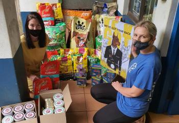 hoola Modern Agency donates to Kloof SPCA